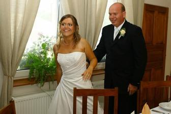 a už ideme k svadobnému stolu...