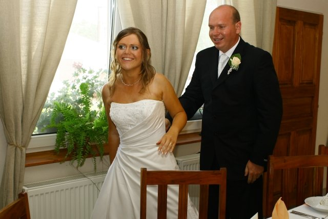 Katka{{_AND_}}Martin - a už ideme k svadobnému stolu...