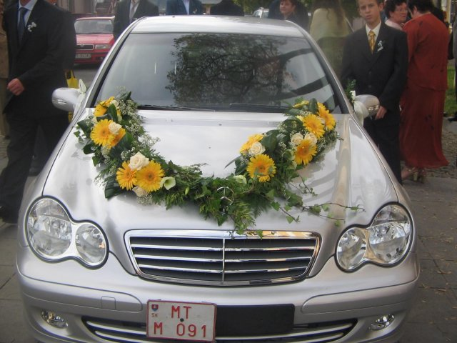 Vyzdoby svadobných  áut - Obrázok č. 56