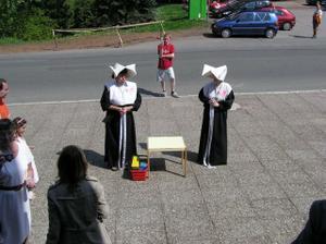 A jéje jsme lapeni svatýma abatyšema :-)))