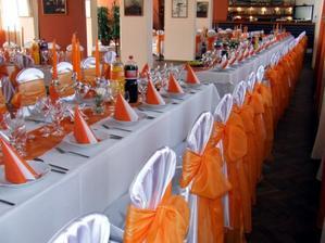 tu bude svadba, a takto to vyzeralo keď tam mali svadbu v oranžovom