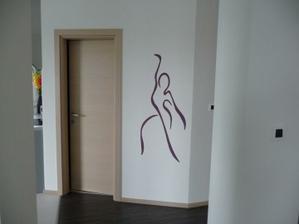 stena vyzerala prázdna, tak sme sa rozhodli pre takúto maľbu