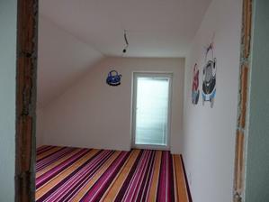 dúfam, že sa nášmu synčekovi bude izba páčiť :-)