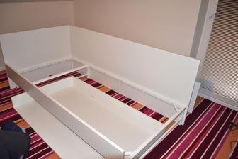 Tu je už aj šuflík poskladaný ....