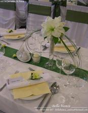 Menovky, menu, proste pekný svadobný stôl musí byť