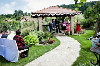 vyhlížení nevěsty