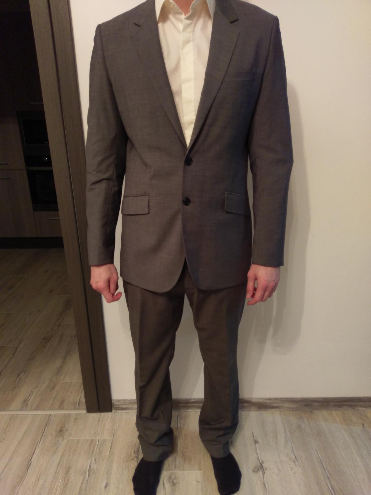 Sivy oblek - Obrázok č. 1