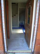 na rozvadzac kurenia sa naslo miesto pod schodami