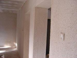 niektore steny sme museli riesit brizolitom