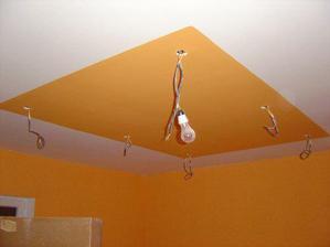 strop v jedálni