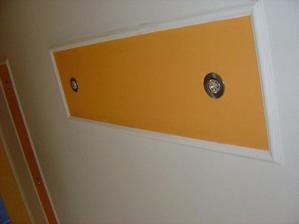 strop v obyvačke komplet s lištami