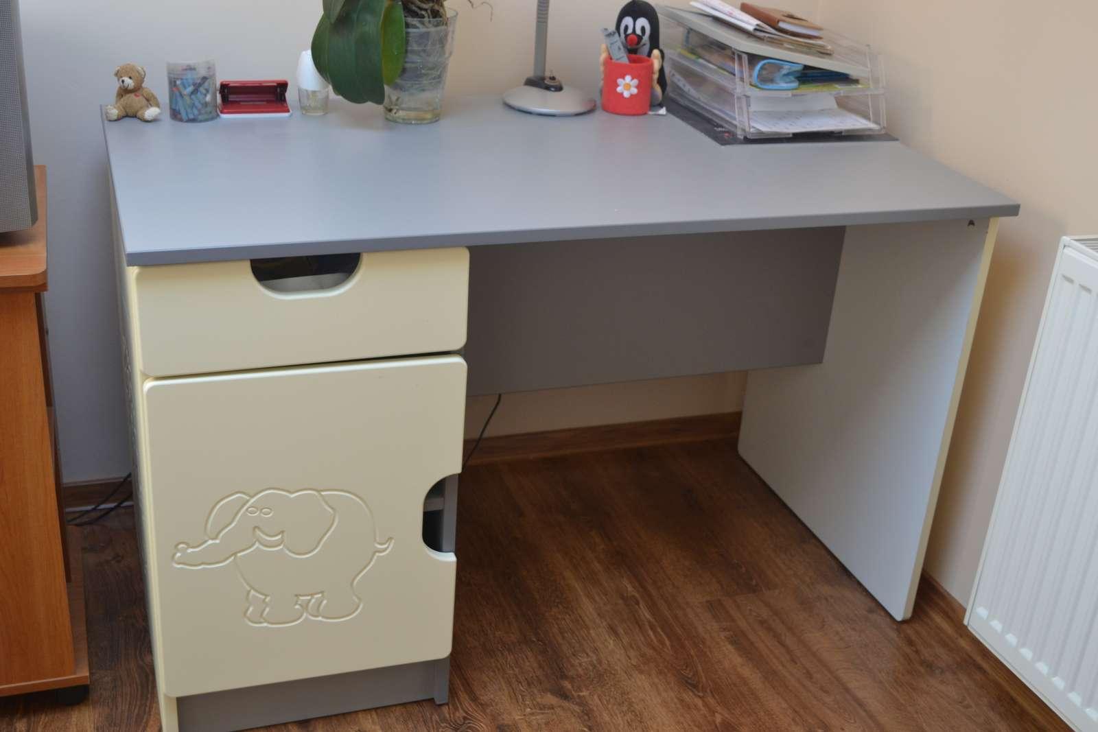 stol do detskej izby - Obrázok č. 1