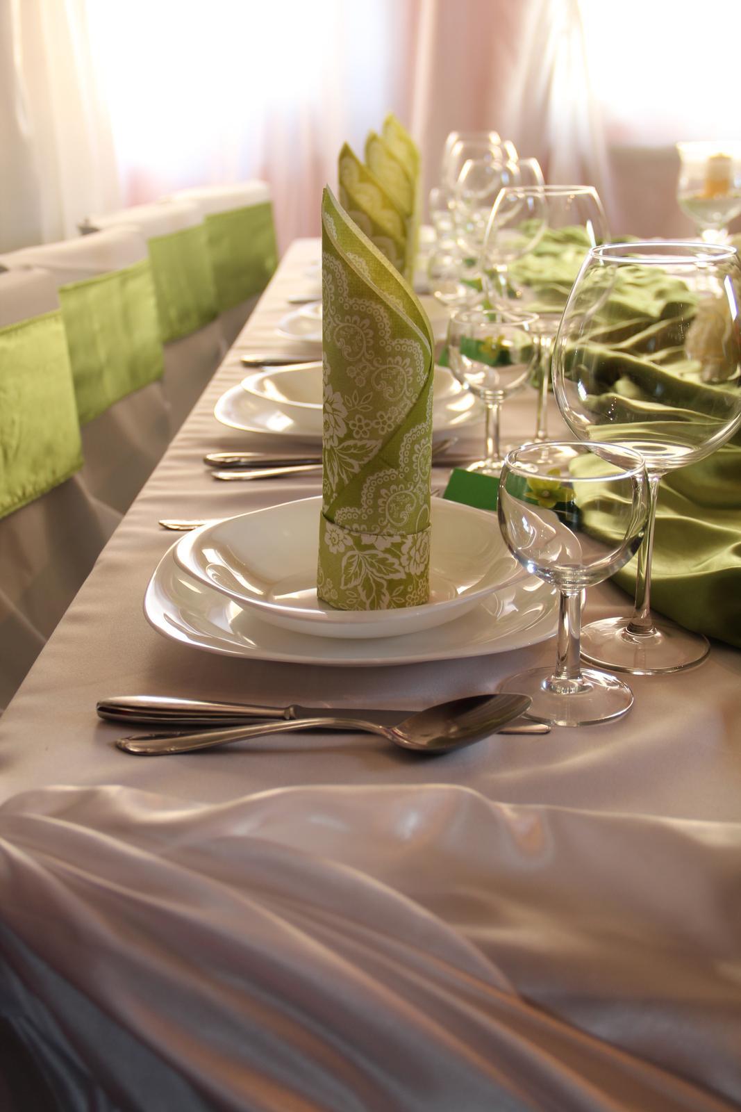 ....saténová výzdoba zelená-krásna olivová... - Obrázok č. 1