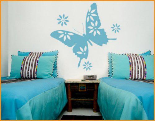 Predstava o byvani - milujem motyliky a malovanie na stenu