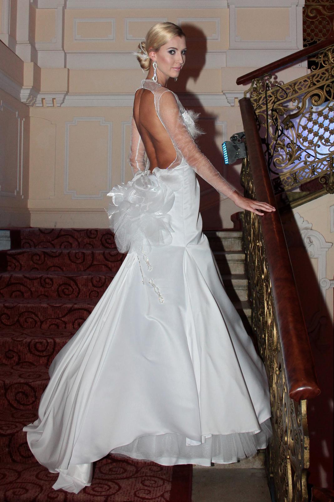 OdvarkaBijoux a Svatební šaty roku - svatební šaty roku z dílny Ivany Brabcové