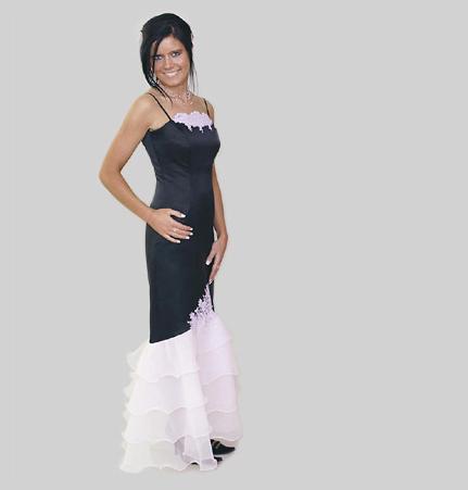 Moja fialova svadba II - Tieto by mohli byť pre družičky, jasne ž v bielo fialovej kombinácii