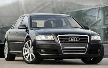 Moje krásne svadobné autíčko Audi A8