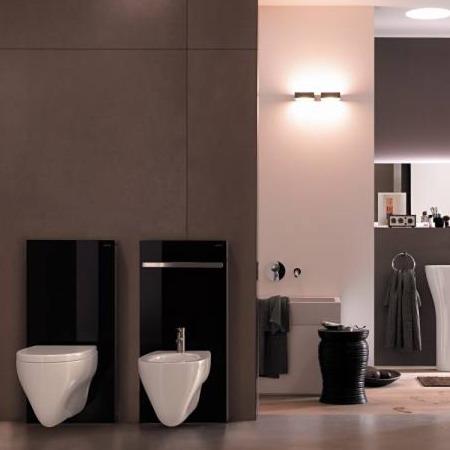 Štýlové kúsky pre hriešne krásnu kúpeľňu - GEBERIT MONOLITH: je flexibilný sanitárny modul s integrovanou splachovacou nádržkou, ktorý možné namontovať BEZ AKÝCHKOĽVEK ZÁSAHOV do stavebnej konštrukcie, čím vypĺňa medzeru na trhu medzi nadomietkovými a podomietkovými splachovacími nádržkami.