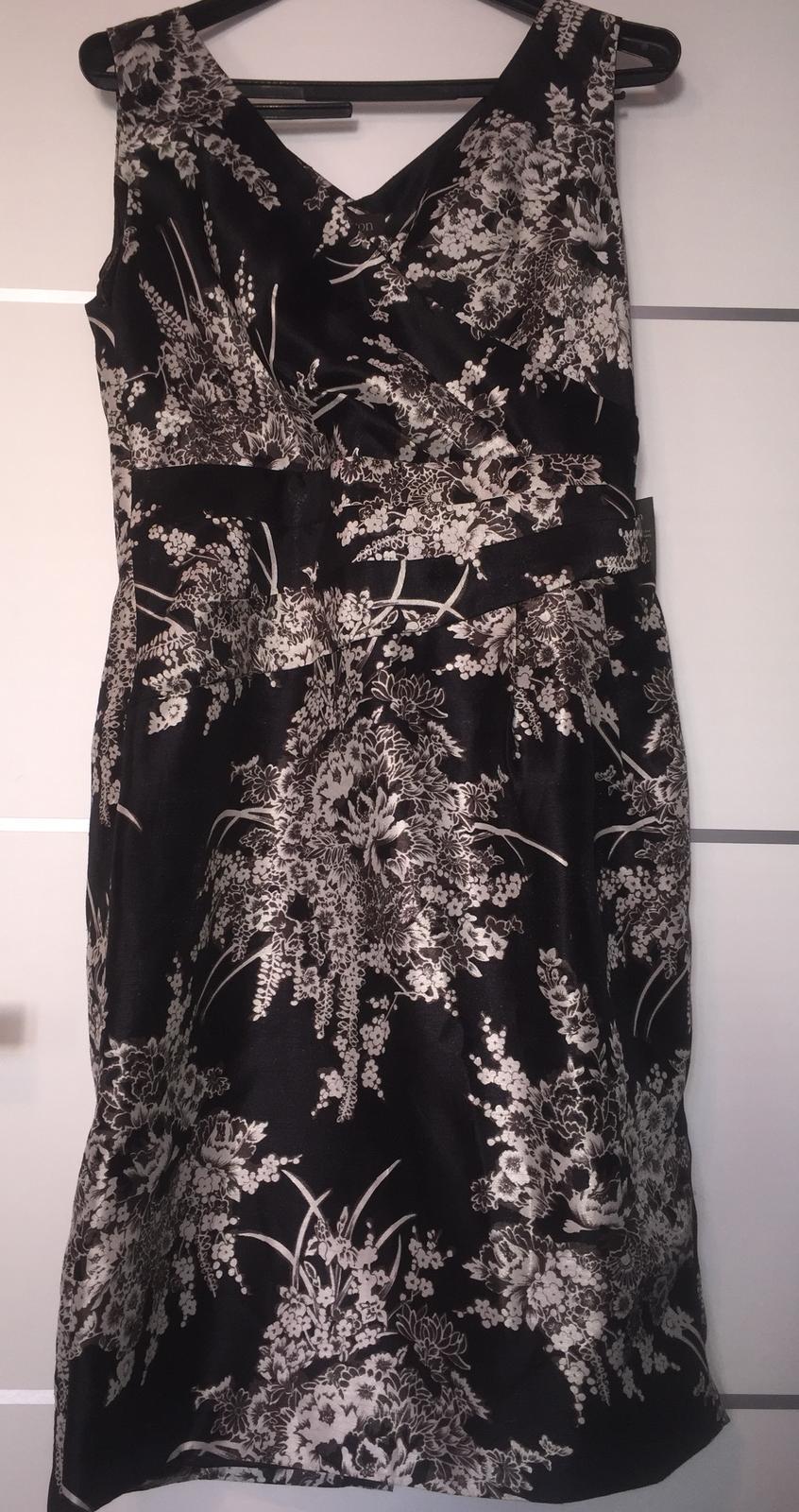 Puzdrové šaty - Obrázok č. 1