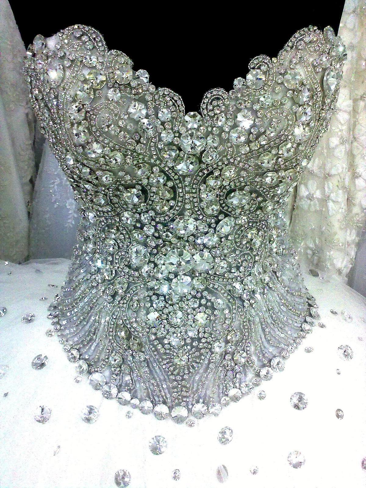 210eb7e423c3 Šatičky zdobené Swarovského šperkami - - Svadobné...