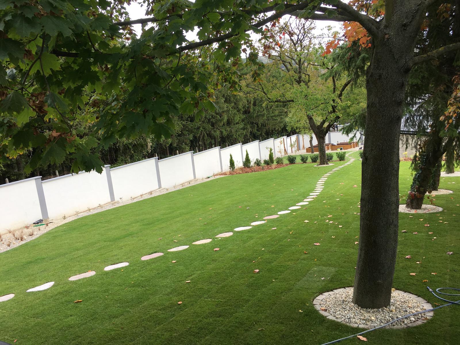 Zahrada - Vyhlad z terasy
