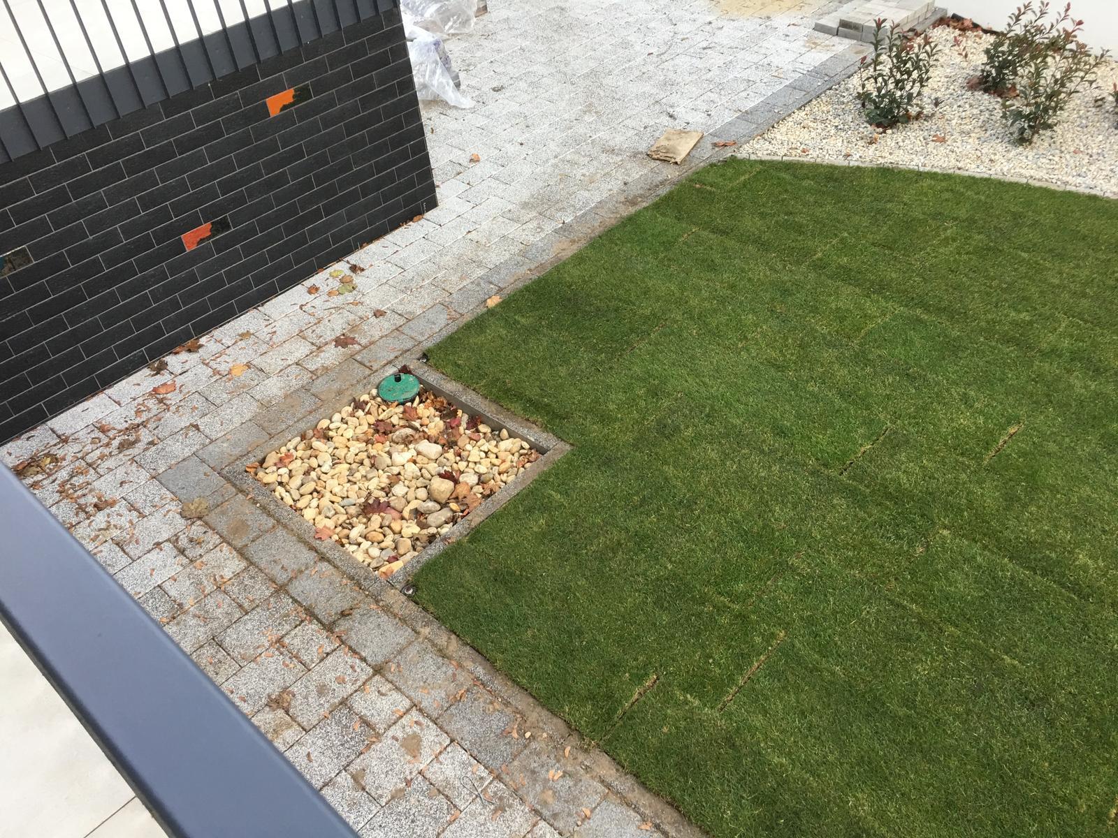 Zahrada - V lete tu bude solarna sprcha