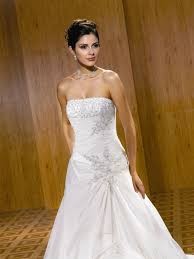 Svadobné šaty Eddy K Milano model 1333 s bolerkom - Obrázok č. 3