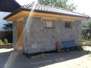 Jún 2014, domček nateraz uzavretý.