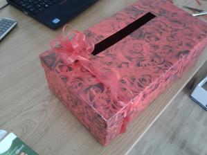 Krabice na blahoprani...