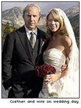 Kevin Costner a Christine Baumgartner