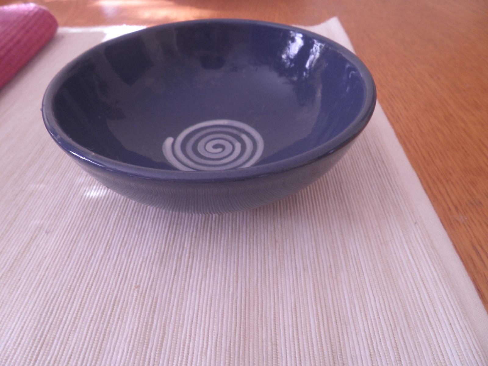 misky - modrá a biela - Obrázok č. 1