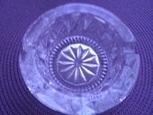popolnik z bruseneho skla,