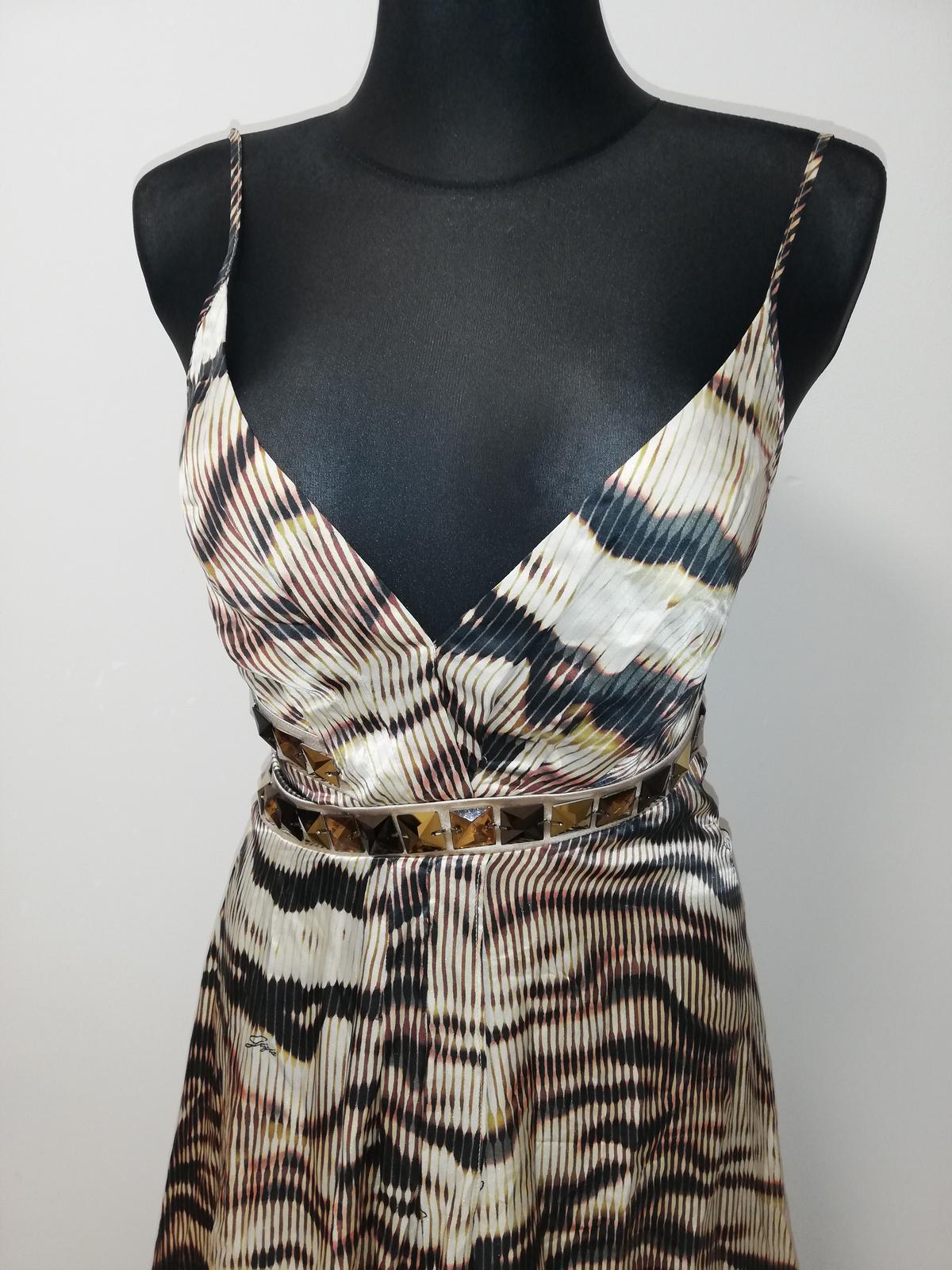 Luxusne spoločenské šaty - Obrázok č. 4