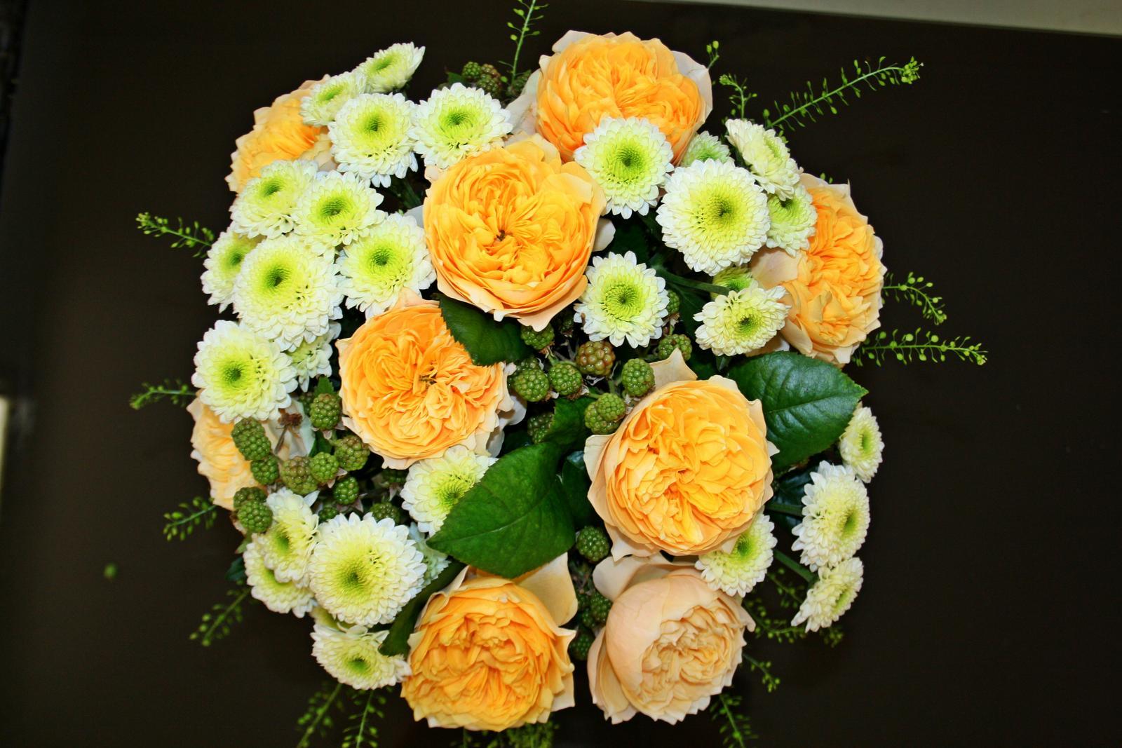 Jarne a letne aranzmany a dekoracie - Jedna z kytic z minuleho tyzdna...