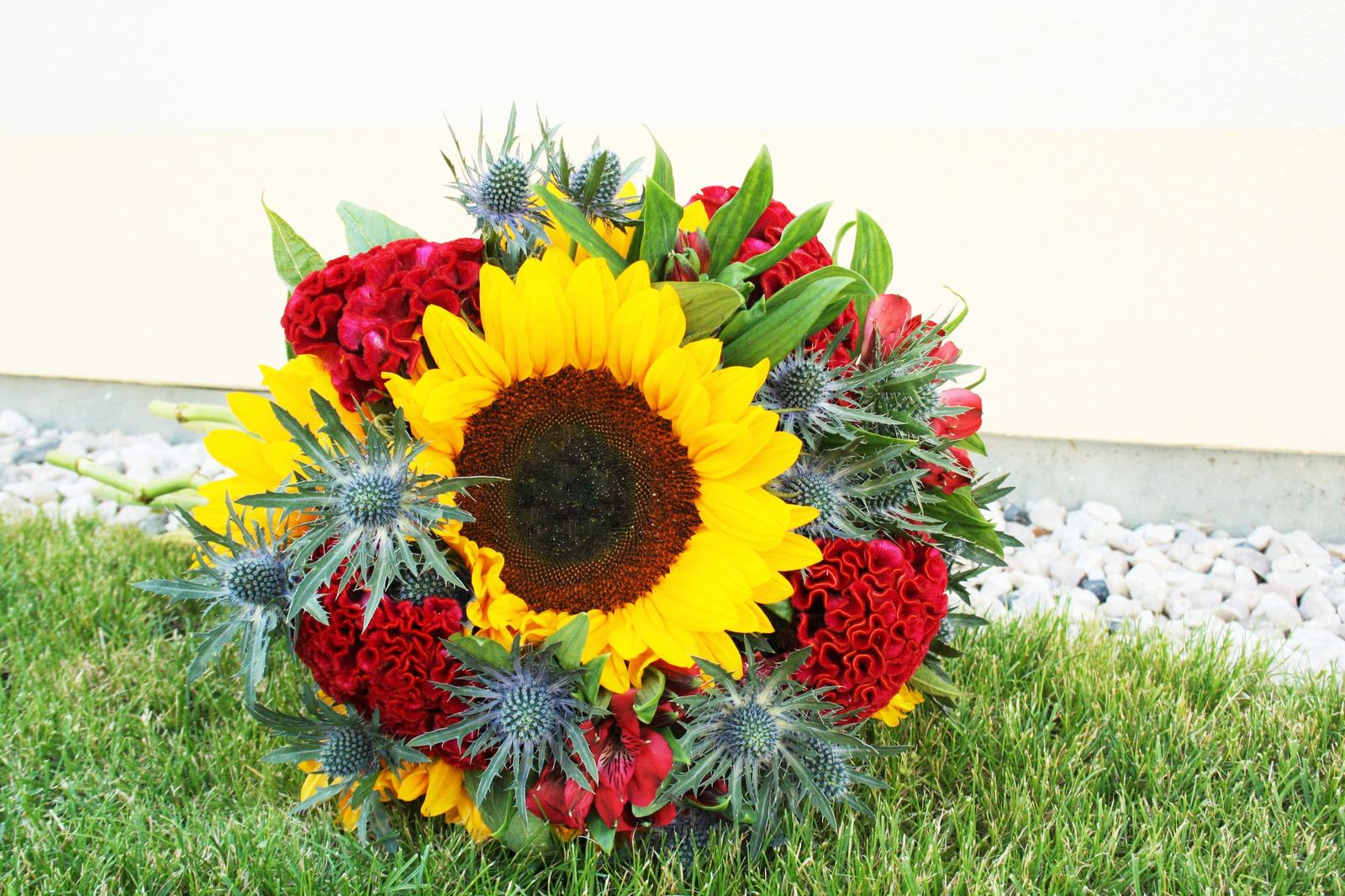 Jarne a letne aranzmany a dekoracie - Kedze je sezona slnecnic, jedna slnecnicova...