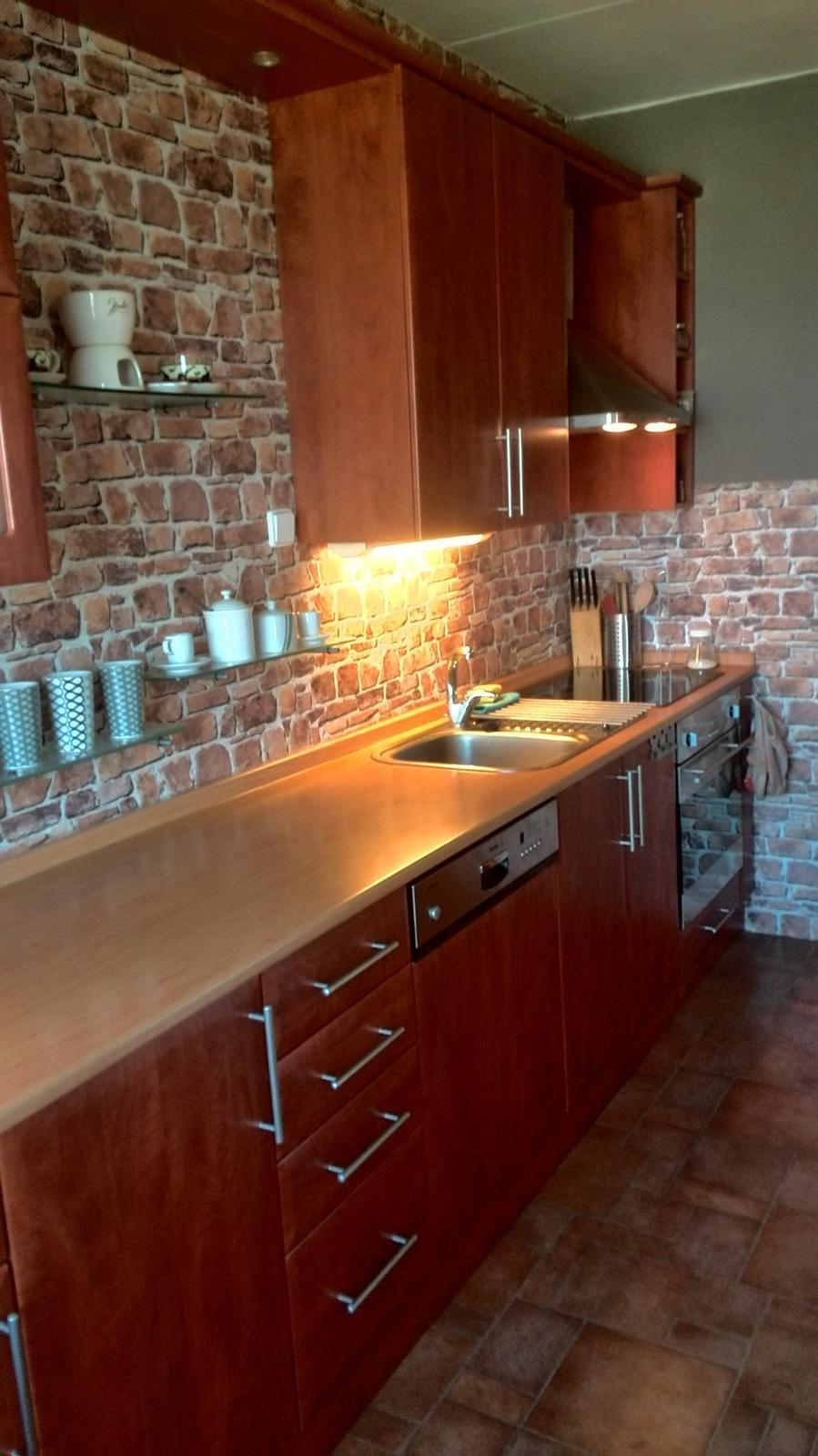 Rekonstrukne naší kuchyně - Původní kuchyňská linka