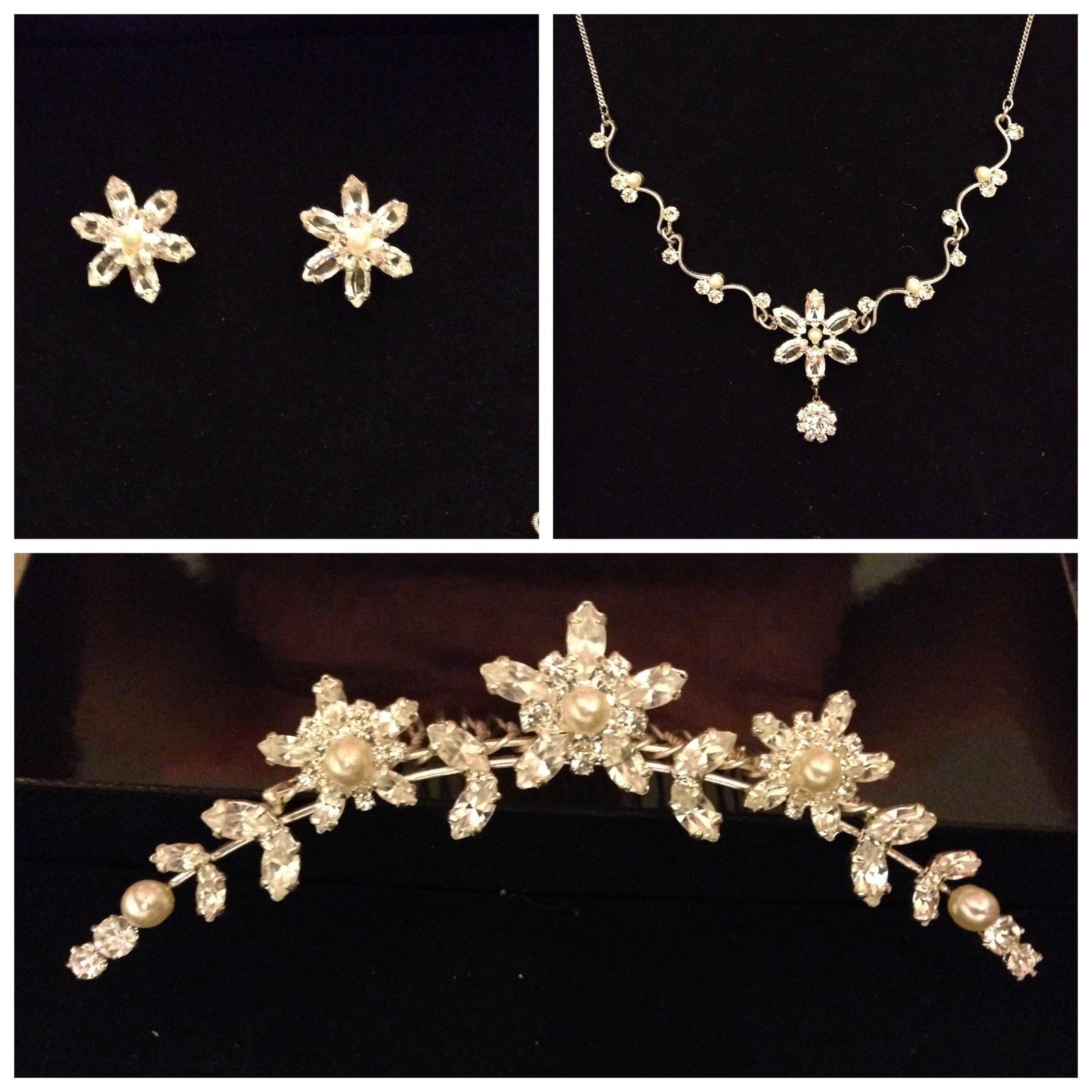 Sada čelenka, náhrdelník a naušnice - Obrázek č. 3