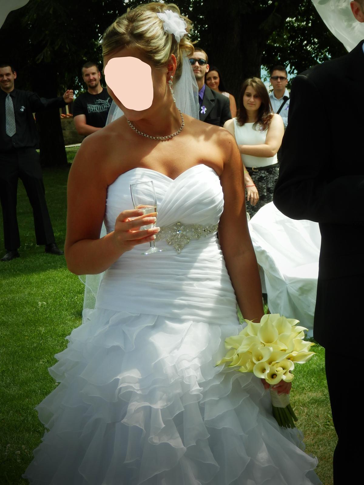 Svatební šaty šité na míru 36 - 38 - Obrázek č. 2