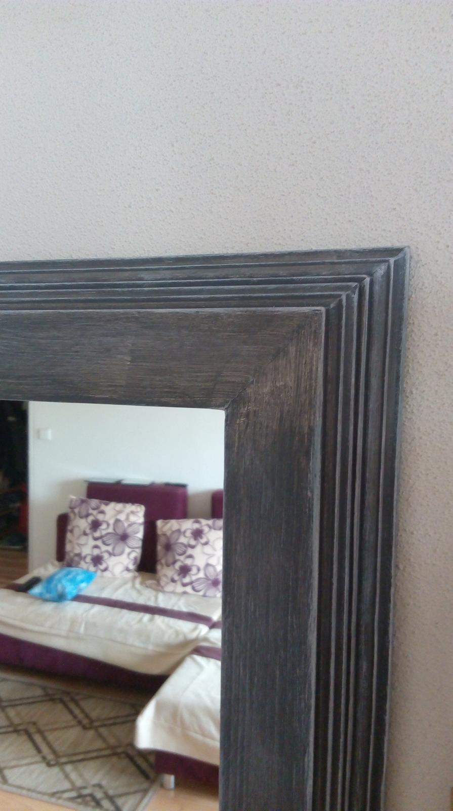 Zrkadlo v drevenom ráme - Obrázok č. 2