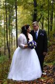 Svatební šaty s bolérkem pro baculku, 52
