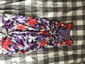 Šaty z elastického saténu, 40