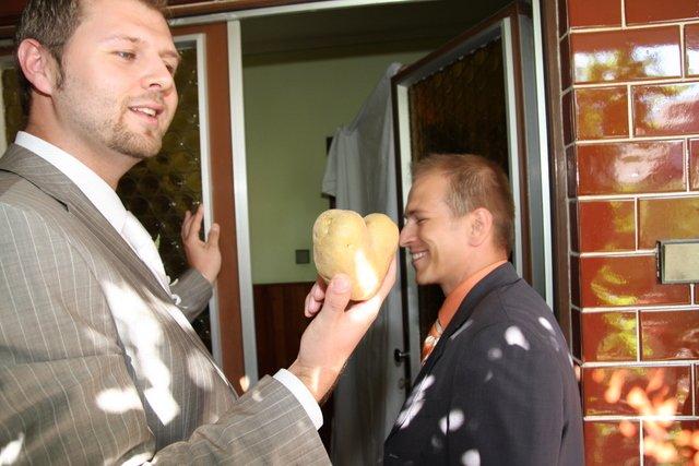 Lucka{{_AND_}}Dušan - Pýtam nevestu a dajú mi zemiakové srdce