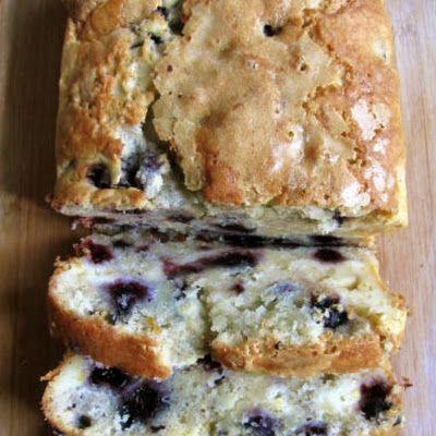Americké koláčky - Blueberry Cream Cheese Bread