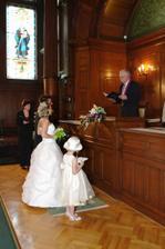 u oltáře