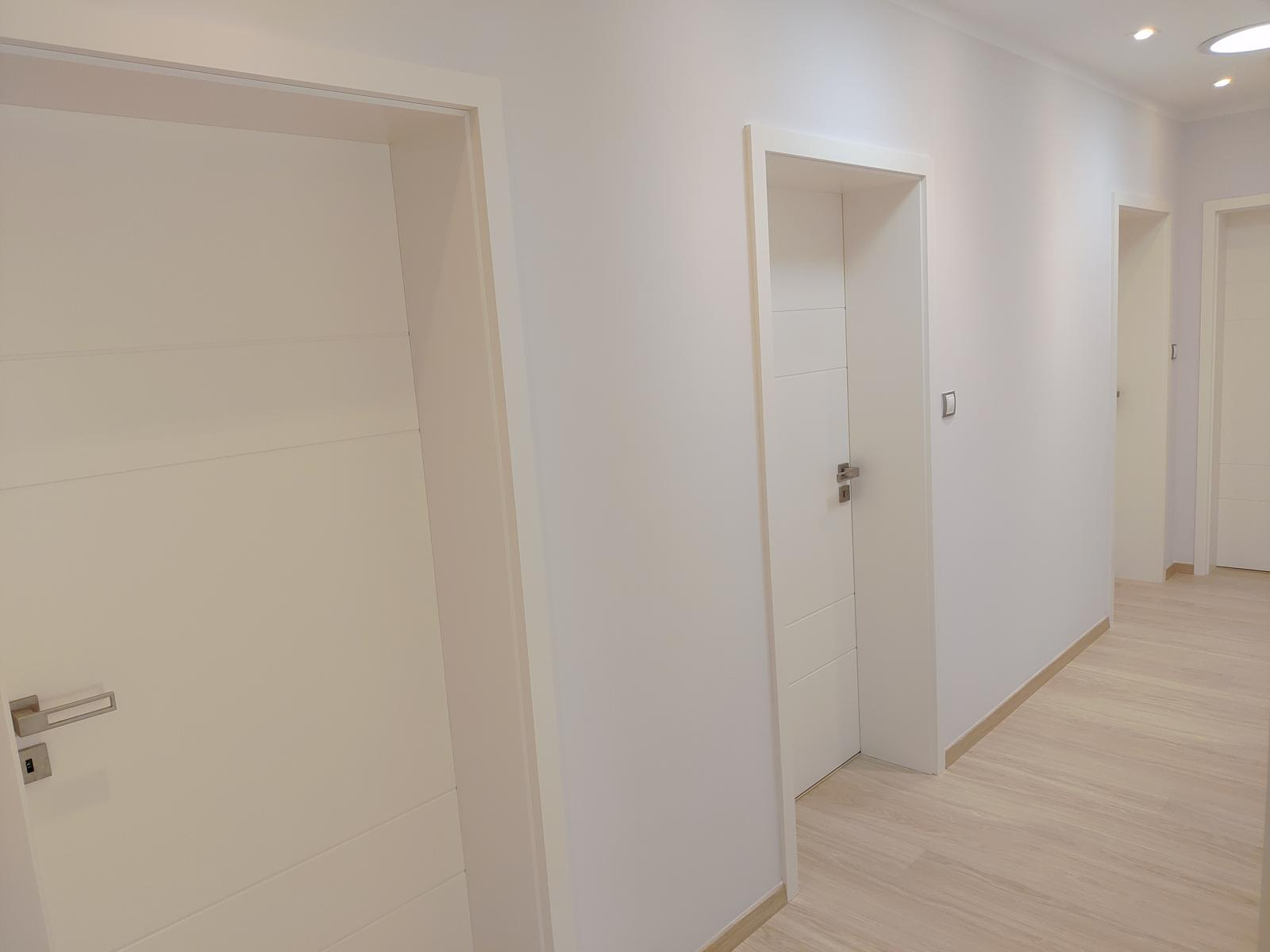 Bile matne dvere Prüm... - Obrázek č. 1