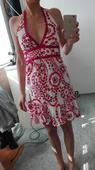 Bílé šaty s růžovo červenými květy, zn. Bay, 36