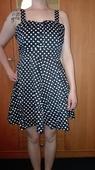Puntíkaté šaty ve stylu pin up, 40