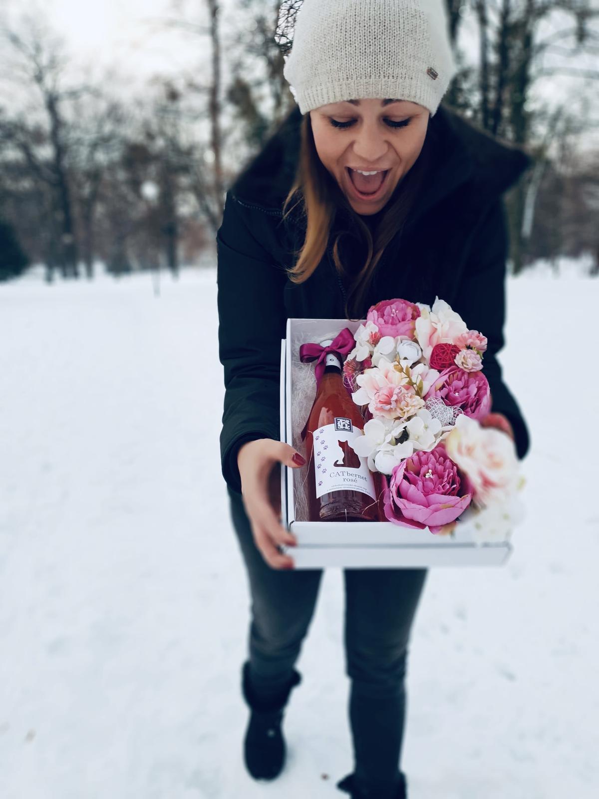 Kvetinové krabičky, darčeky pre druzicky  - Obrázok č. 2