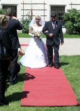 Taťka byl prý nervózní než na své vlastní svatbě