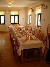 Svatební stůl na chatě Orličan